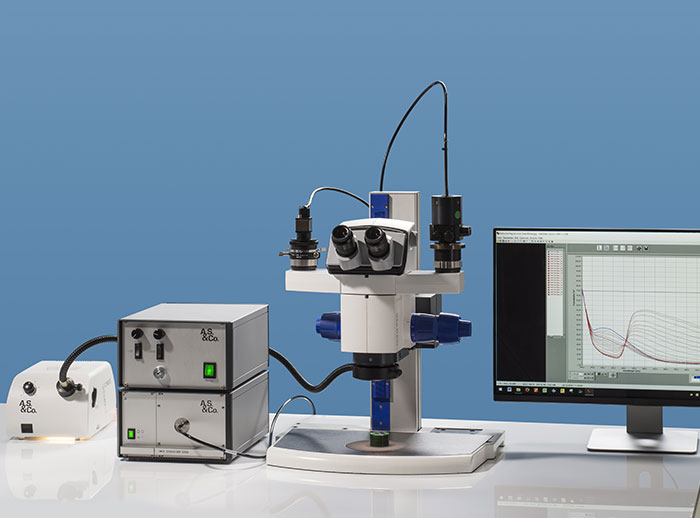 Workstation with Stereomicroscope