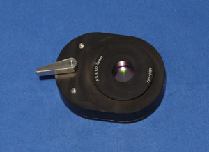 Swivel-mounted green filter IF 546 nm